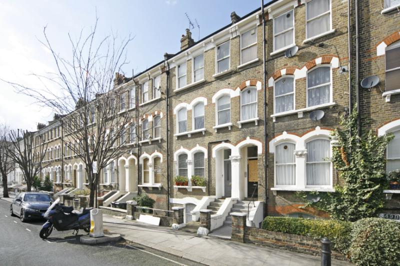 Flat/apartment to rent in Hammersmith - Netherwood Road, Brook Green, W14