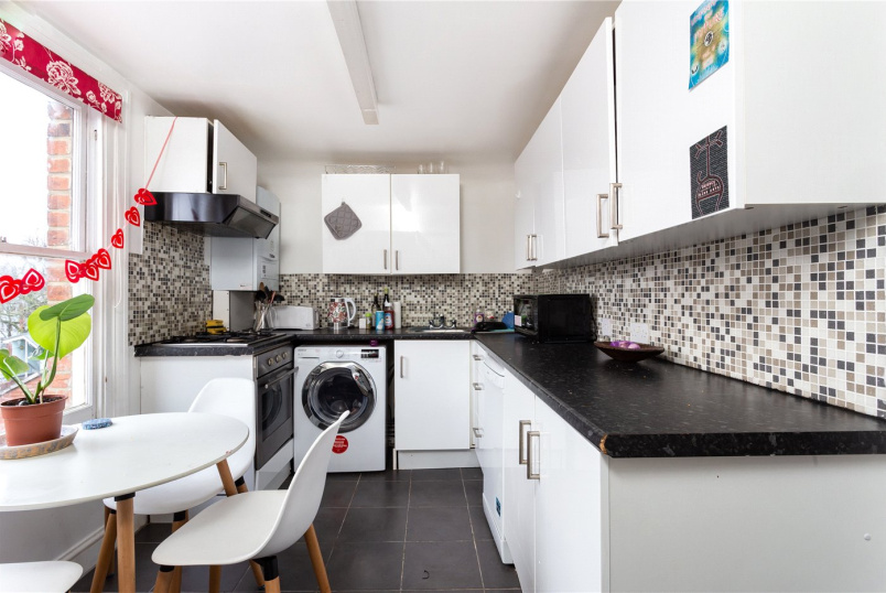 Flat/apartment to rent in Highbury - Sotheby Road, Highbury Barn, N5