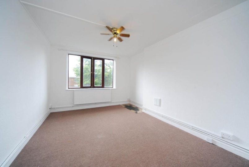 Flat/apartment for sale in Hackney - Wigan House, Hackney, E5