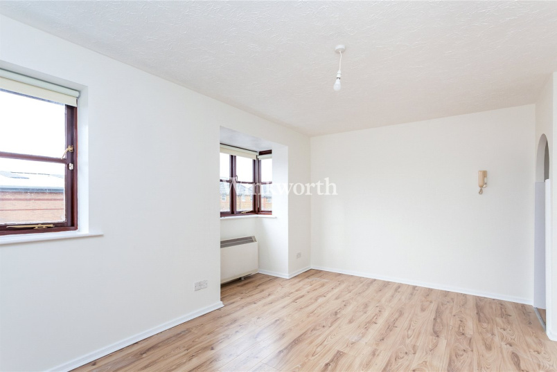 Flat/apartment to rent in Golders Green - Woodvale Way, London, NW11