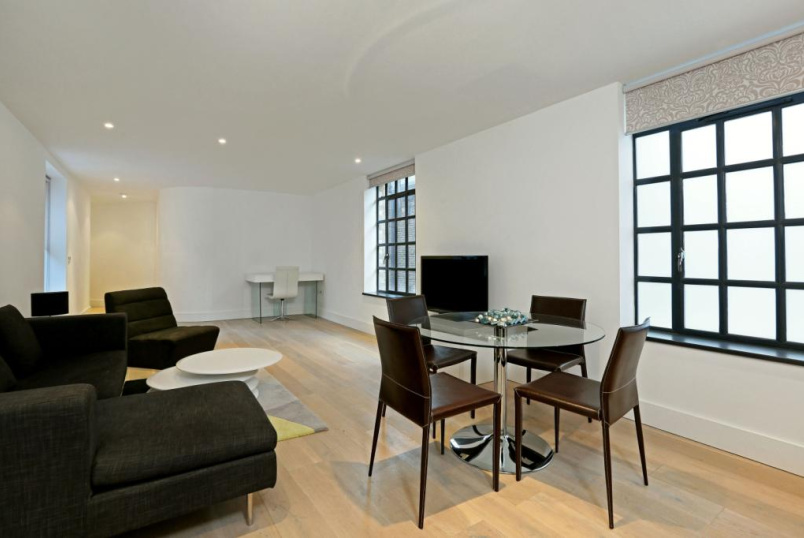 Flat/apartment to rent in West End - The Piazza Residences, Bull Inn Court, Covent Garden, WC2R
