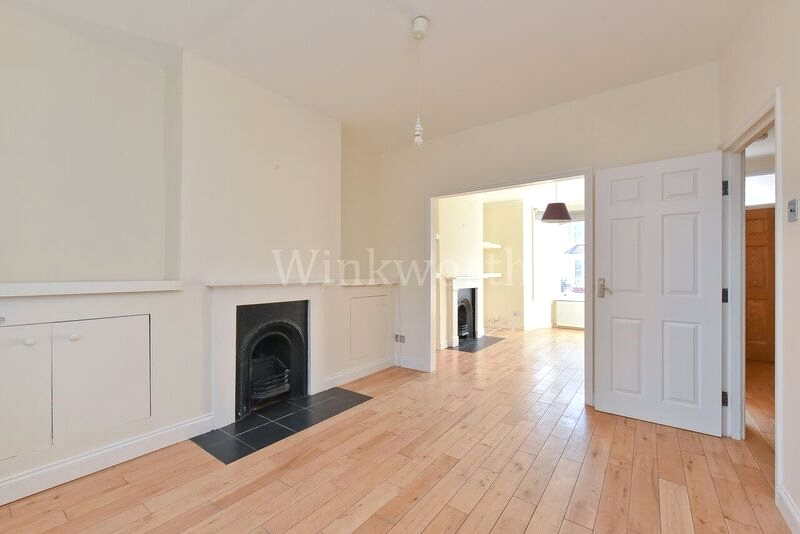 House to rent in Harringay - Greenfield Road, Seven Sisters, N15