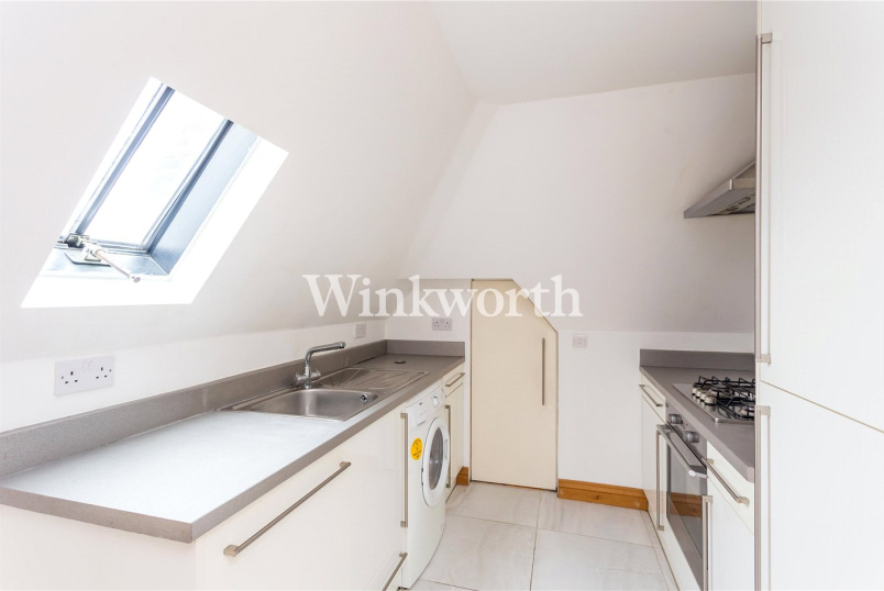 Flat/apartment to rent in Golders Green - Ossulton Way, Hampstead Gdn Suburb, N2