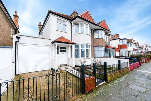 House for sale in Kensal Rise & Queen's Park - Leigh Gardens, London, NW10