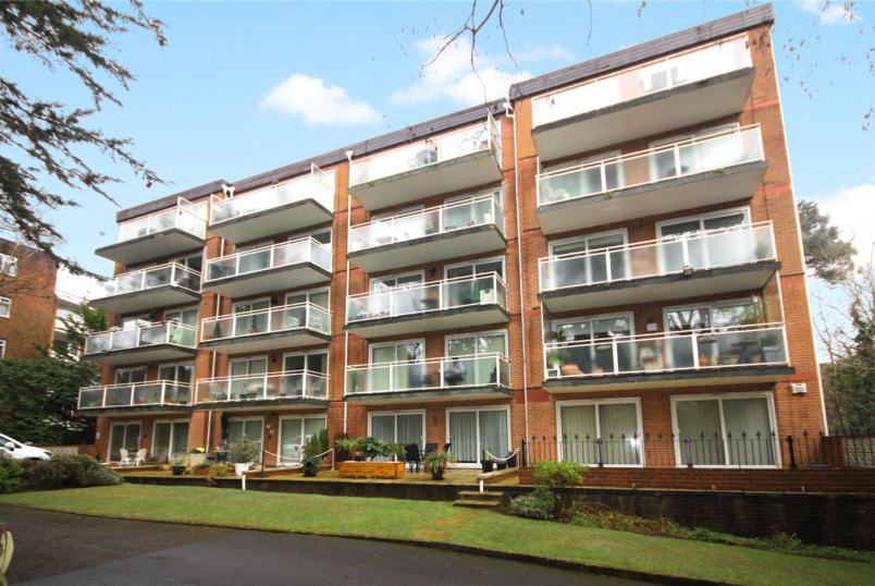 Flat/apartment for sale in Westbourne - Surrey Road, Bournemouth, Dorset, BH4