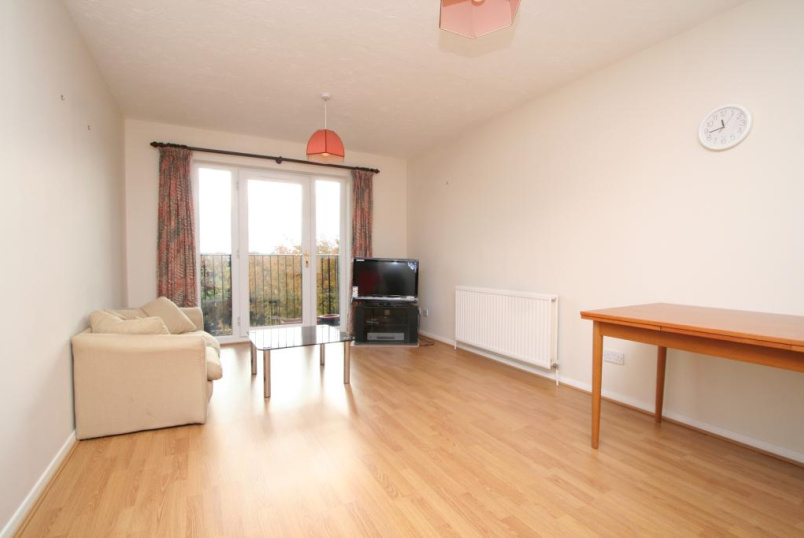 Flat/apartment to rent in Ealing & Acton - Ardross Court, Creffield Road, W3