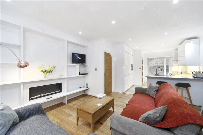House to rent in Hammersmith - Blythe Mews, Blythe Road, Brook Green, W14