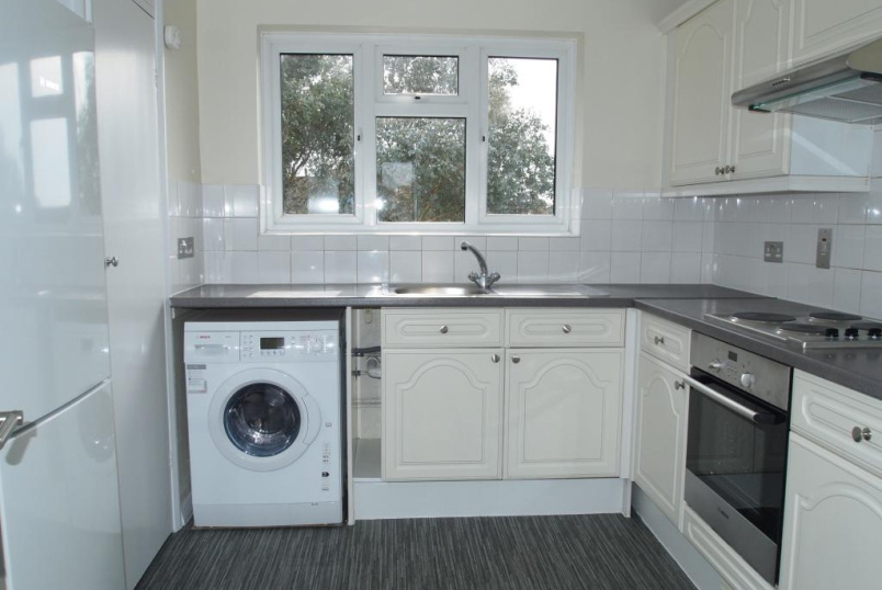 Flat/apartment to rent in Finchley - Berkeley Court, Vines Avenue, Finchley, N3