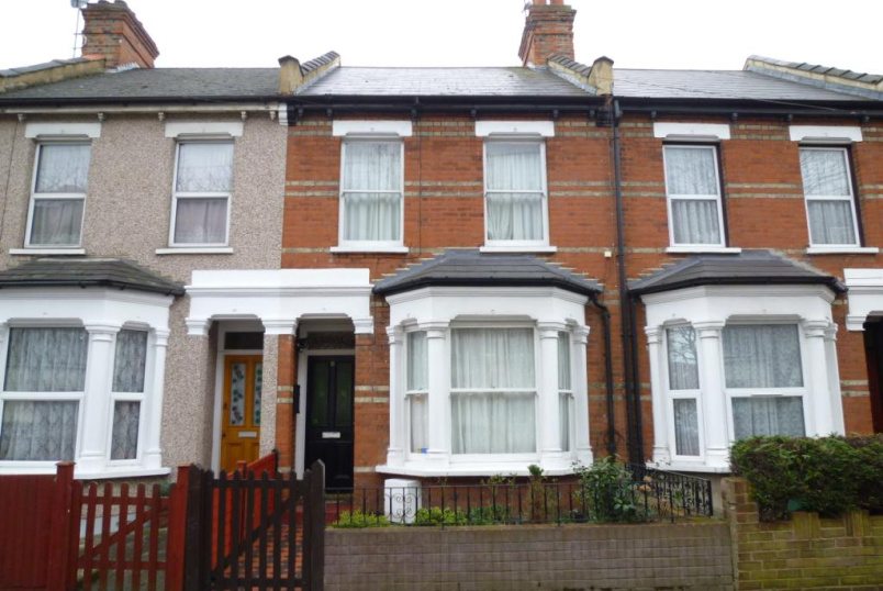 House to rent in Harrow - Byron Road, Harrow, Middx, HA1