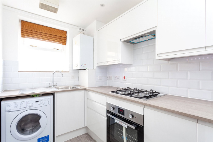 Flat/apartment to rent in Highbury - Albion Road, Stoke Newington, N16