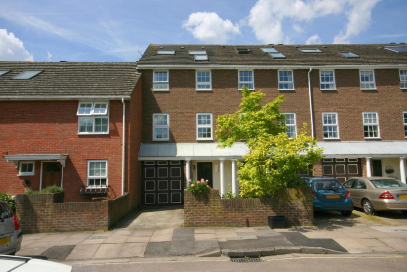 House to rent in Brentford & Isleworth - Temple Road, Kew, TW9