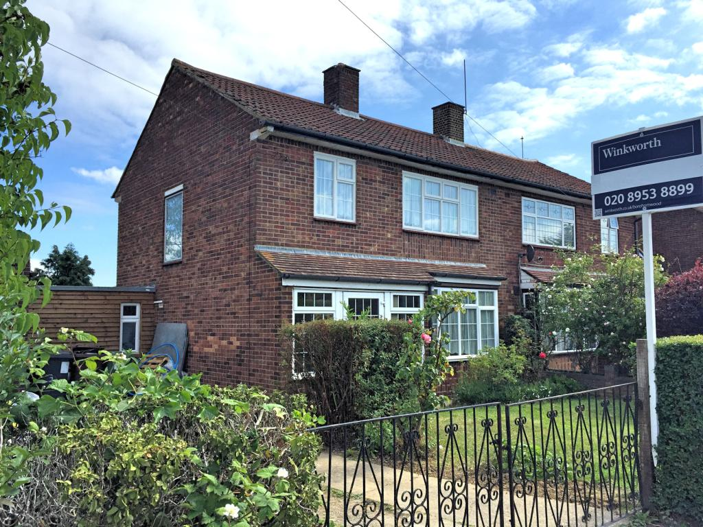 3 bedroom property to rent in Kenilworth Drive ...