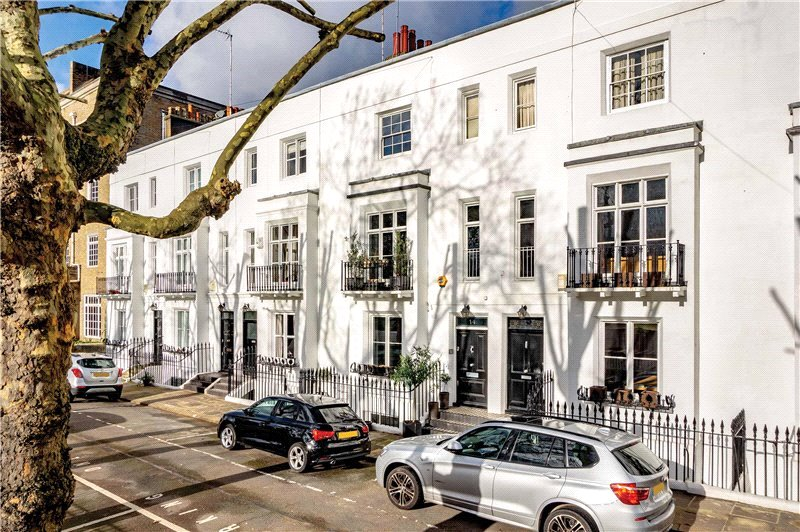 House for sale in Fulham & Parsons Green - Barkham Terrace, Kennington, SE1