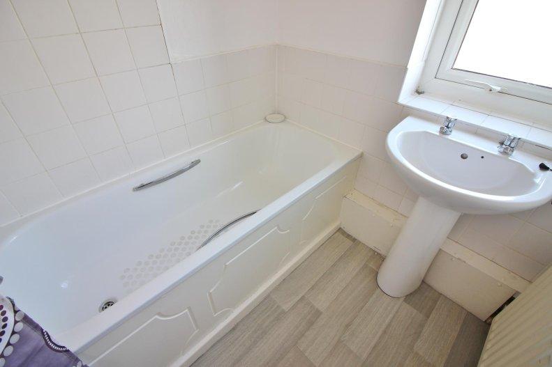 3 Bedroom Semi Detached House For Sale In Drewitt Crescent