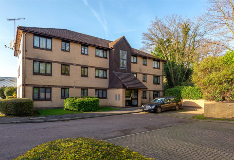 Canons Close, Reigate, Surrey, RH2