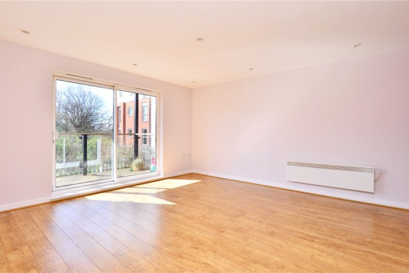 Flat/apartment to rent in Dulwich - Highwood Close, East Dulwich, SE22