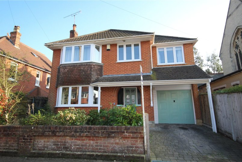 House for sale in Poole - Wellington Road, Lower Parkstone, Poole, BH14