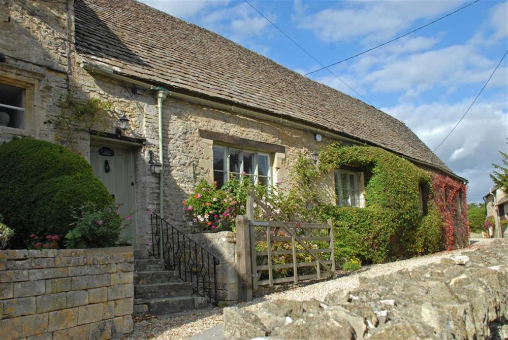 Terrific Stags 10 Bedroom Property For Sale In Bibury Holiday Download Free Architecture Designs Lukepmadebymaigaardcom