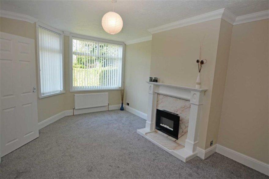 3 bedroom property for sale in Sunningdale Road, Hessle Road