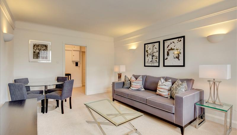 Flat/apartment to rent in Knightsbridge & Chelsea - Pelham Court, 145 Fulham Road, Chelsea, SW3