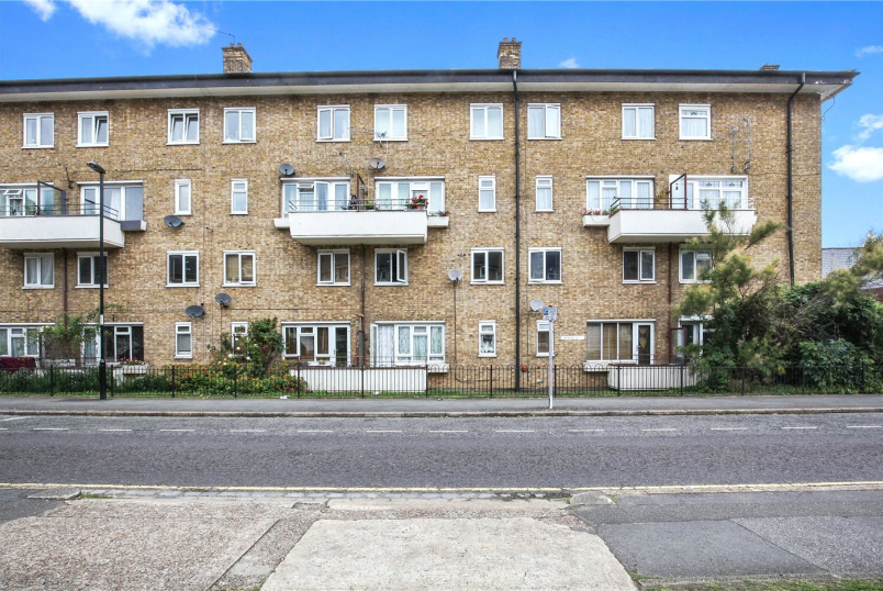 Flat/apartment to rent in Blackheath - Lawn Terrace, London, SE3