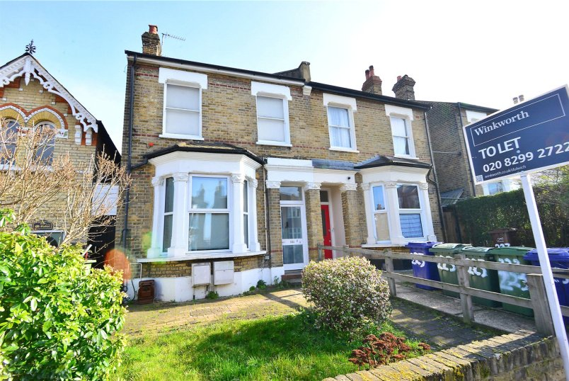 Flat/apartment to rent in Dulwich - Friern Road, East Dulwich, SE22