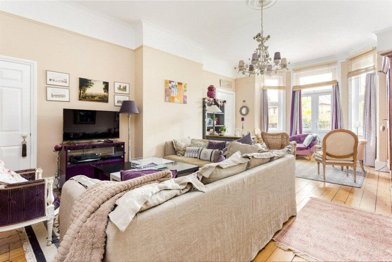 House to rent in Ealing & Acton - Creffield Road, Acton, W3