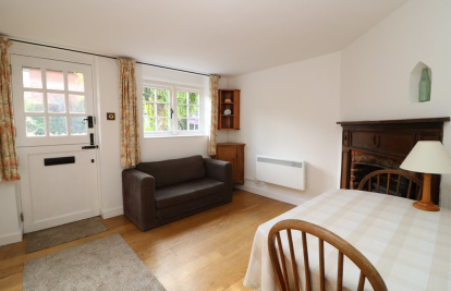 Close to shops and walking distance train station