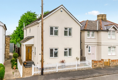 Spencer Road, Cobham, Surrey, KT11
