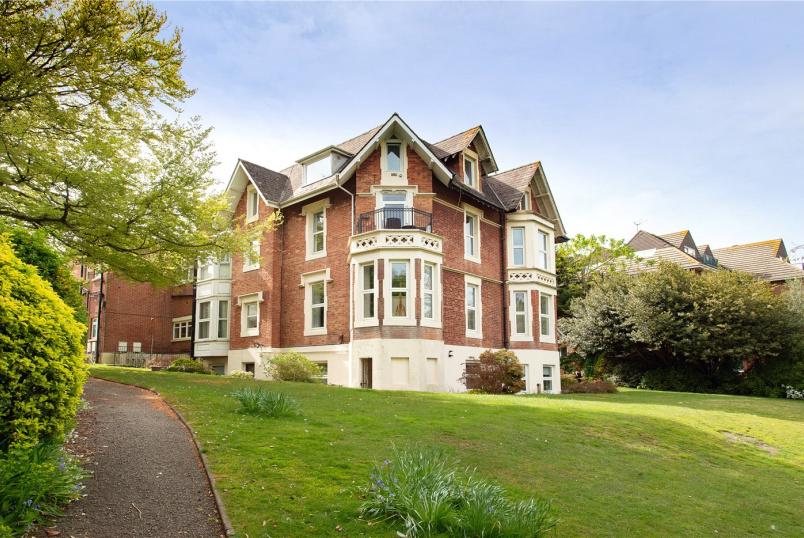 Flat/apartment for sale in  - Exeter Park Road, Bournemouth, Dorset, BH2