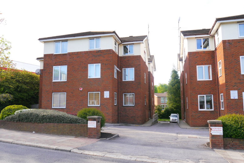 Flat/apartment to rent in Barnet - Collingwood Court, 130 Station Road, New Barnet, EN5