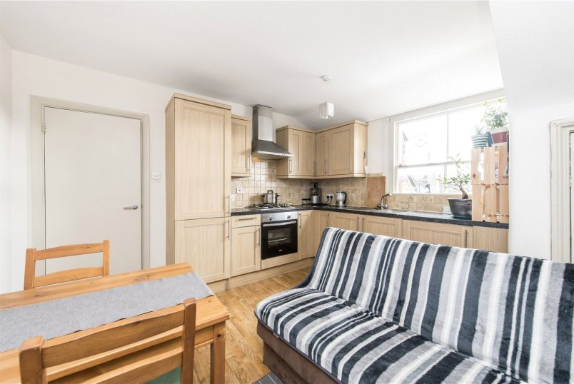Flat/apartment for sale in Streatham - Streatham High Road, Streatham, SW16