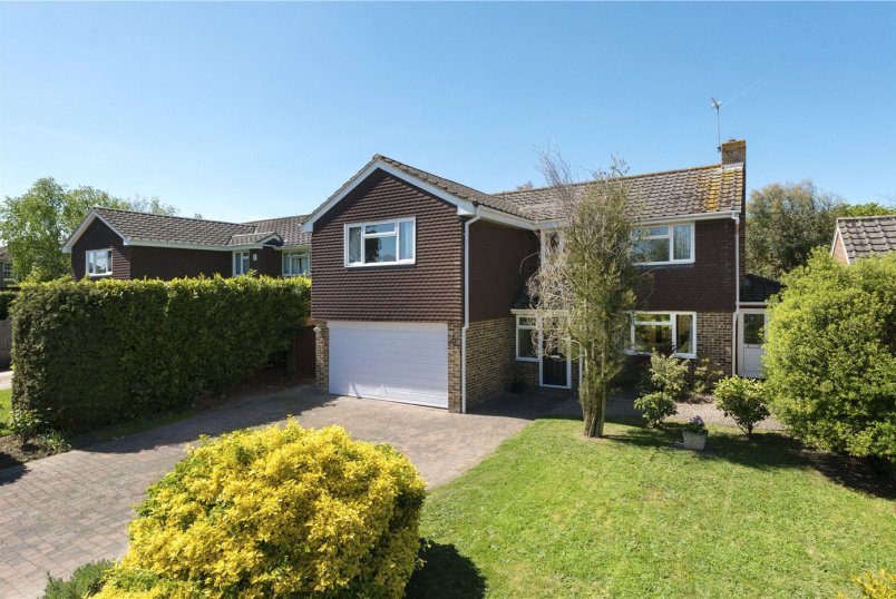 House for sale in Canterbury - Durnford Close, Canterbury, CT2