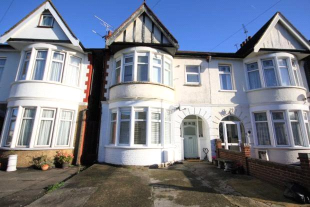 Flat/apartment for sale in Leigh-on-Sea - Claremont Road, Westcliff-on-Sea, Essex, SS0