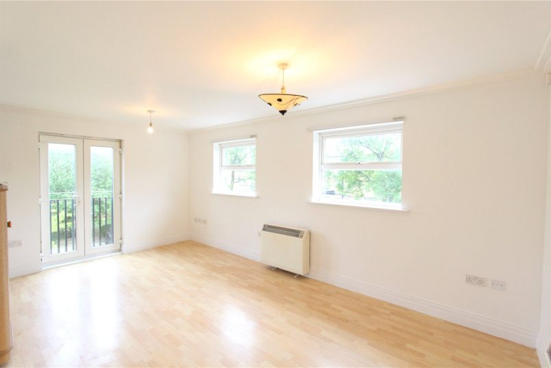 Flat/apartment to rent in Hendon - Wilshaw Court, Wilshaw Close, Hendon, NW4