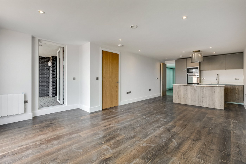 Flat/apartment for sale in Islington - 25 Downham Road, London, N1