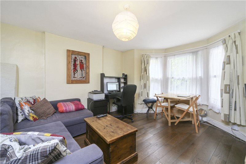 Flat/apartment to rent in Shepherds Bush & Acton - St. Elmo Road, London, W12