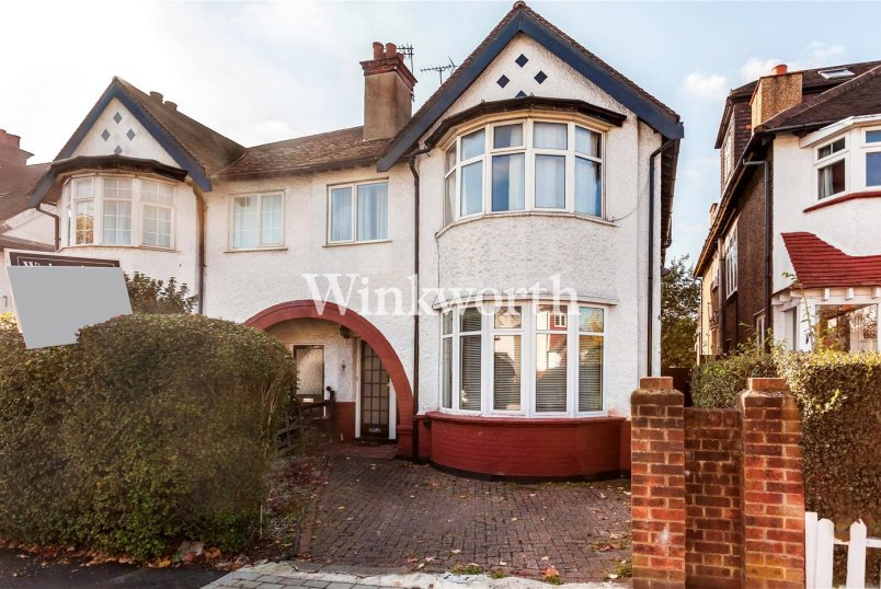 Flat/apartment for sale in Hendon - Millway, London, NW7