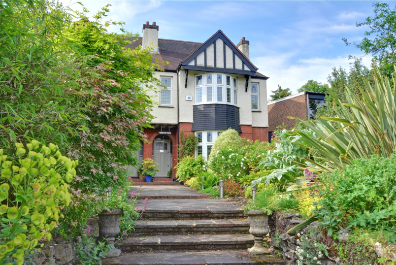 House for sale in Chislehurst - Mottingham Lane, London, SE9