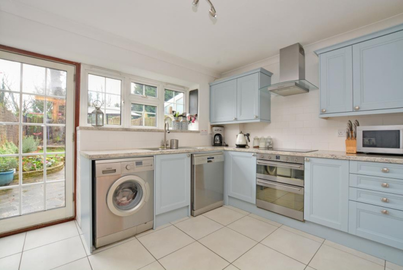 House to rent in Blackheath - Kenilworth Gardens, Shooters Hill, SE18