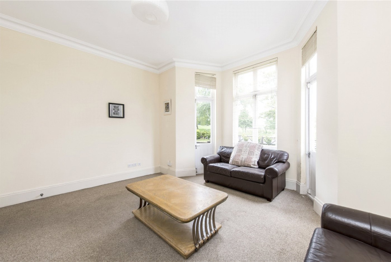 Flat/apartment to rent in Streatham - Streatham Common North, London, SW16