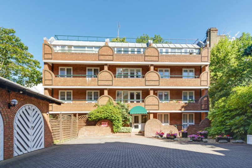 Apartment for sale in St Johns Wood - LA RESIDENCE, ST JOHN'S WOOD, NW8 0PE