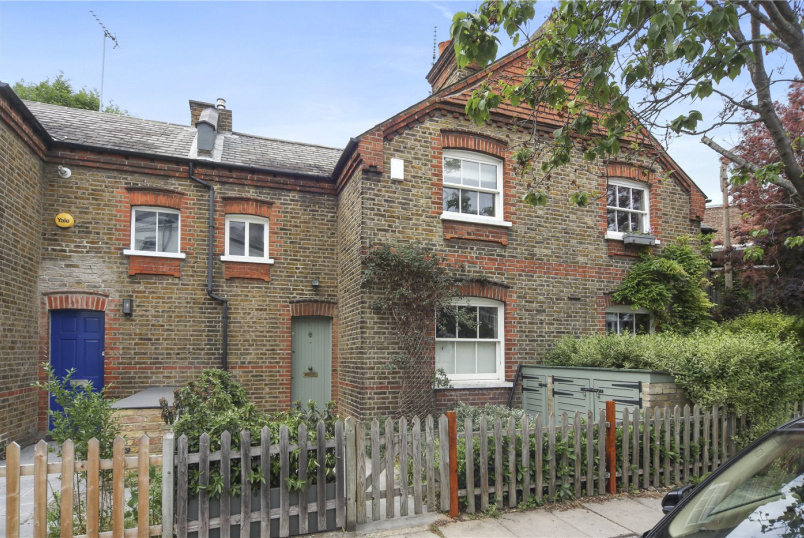 House for sale in Hammersmith - Railway Cottages, Sulgrave Road, Brook Green, W6
