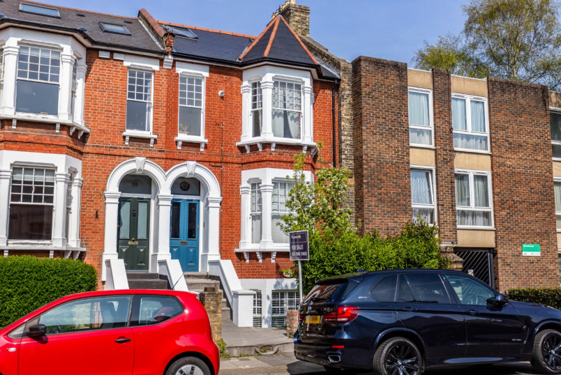 Flat/apartment for sale in  - Poets Road, London, N5