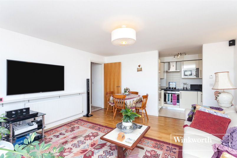 Flat/apartment to rent in Finchley - Gallery Court, 28 Arcadia Avenue, London, N3