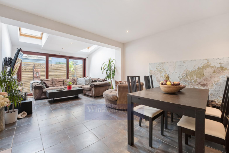 House - terraced for sale in Clapham - BRITANNIA CLOSE, SW4