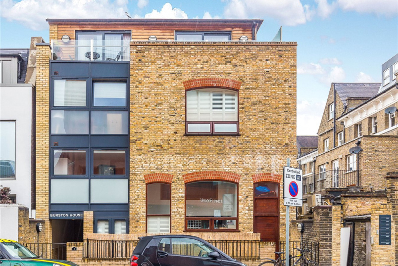 Flat/apartment for sale in Putney - Burston House, 1 Burston Road, London, SW15