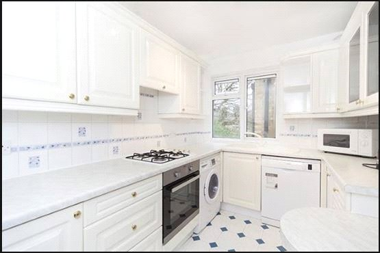 Flat/apartment to rent in Ealing & Acton - Willowmead Close, Ealing, W5