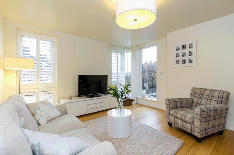 Flat/apartment to rent in Barnes - White Hart Lane, Barnes, SW13