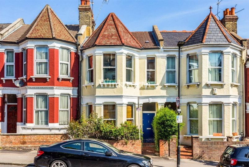 House for sale in Harringay - Burgoyne Road, Harringay Ladder, N4